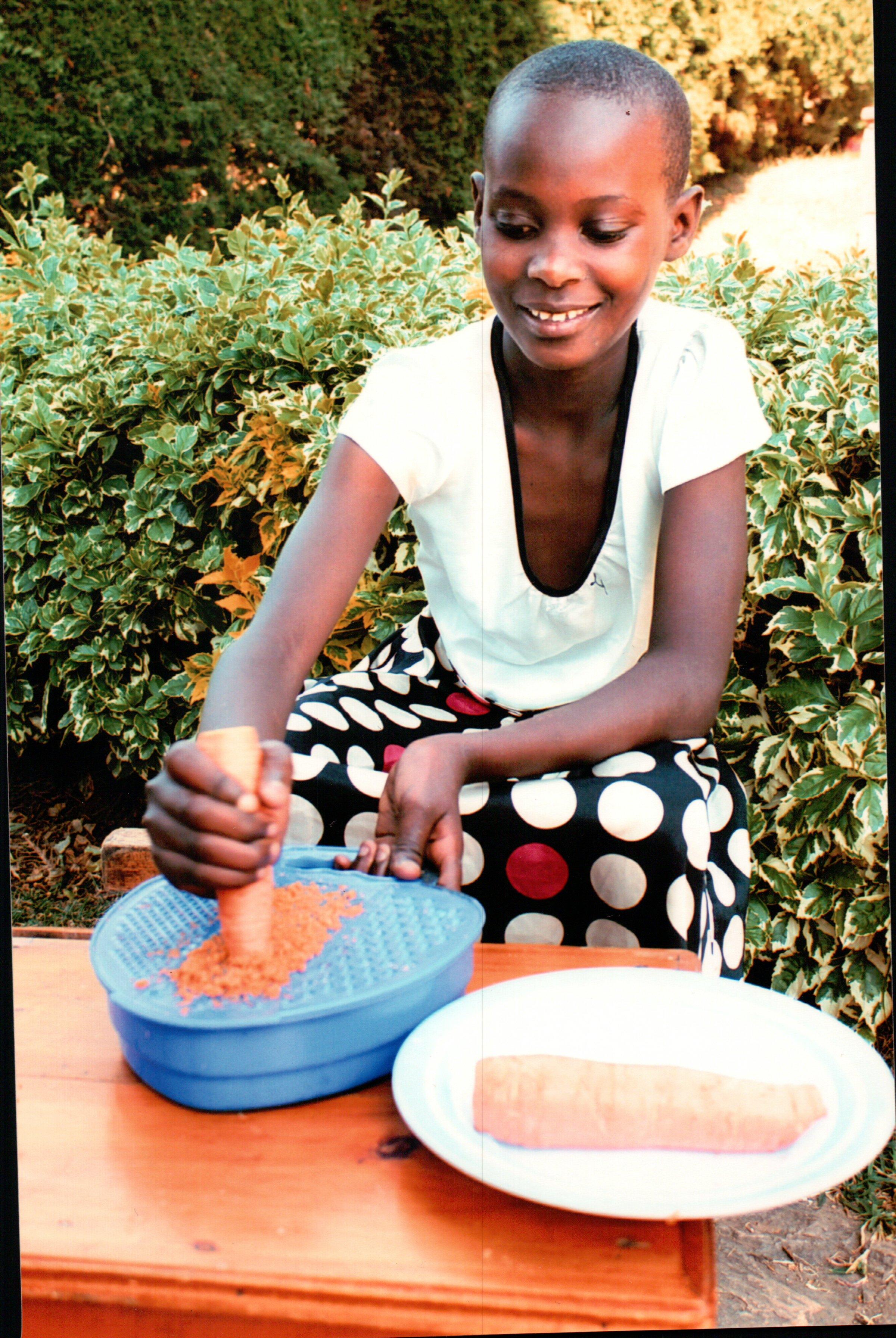 GÖTH Solutions - SOS-Kinderpatenschaft / Patenkind Francoise Dezember 2016